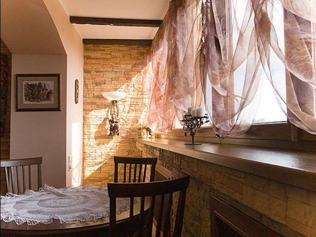 Преображаем кухню новыми шторами